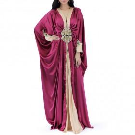 سلمى خان – جلابية الحرير الخالص بلون الياقوت